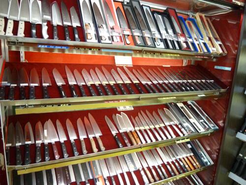 Il existe beaucoup de type de couteaux japonais